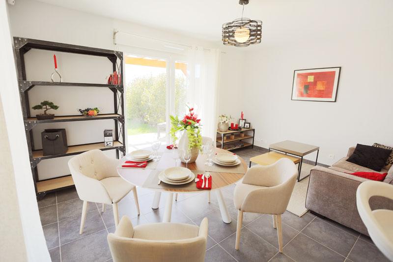 décoration d'un sejour dans un appartement neuf